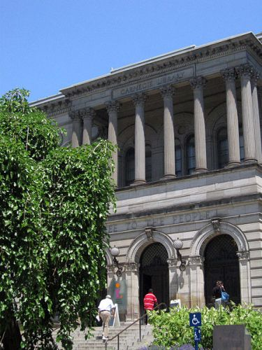 http://commons.wikimedia.org/wiki/File:Carnegie_Library.jpg