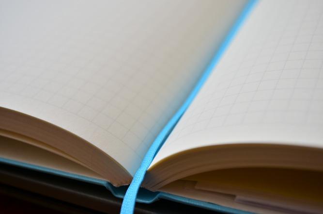 notebook-2177665_1920